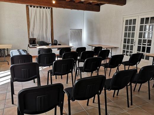 Escampette farmhouse - seminar room