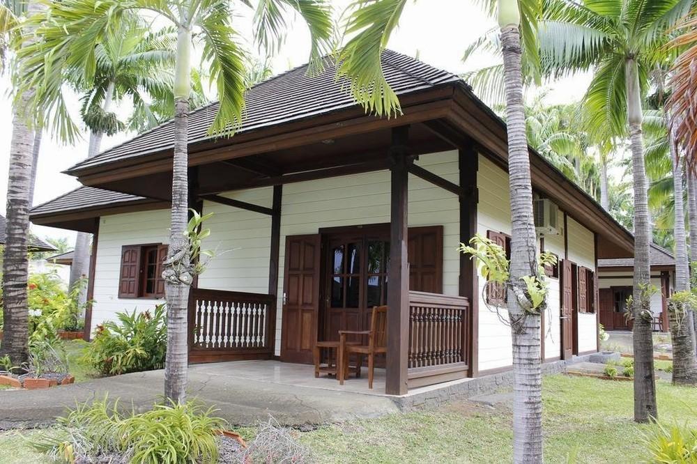 Hôtel domaine des pierres - extérieur