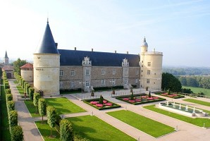 Castillo de Bouthéon - Exterior