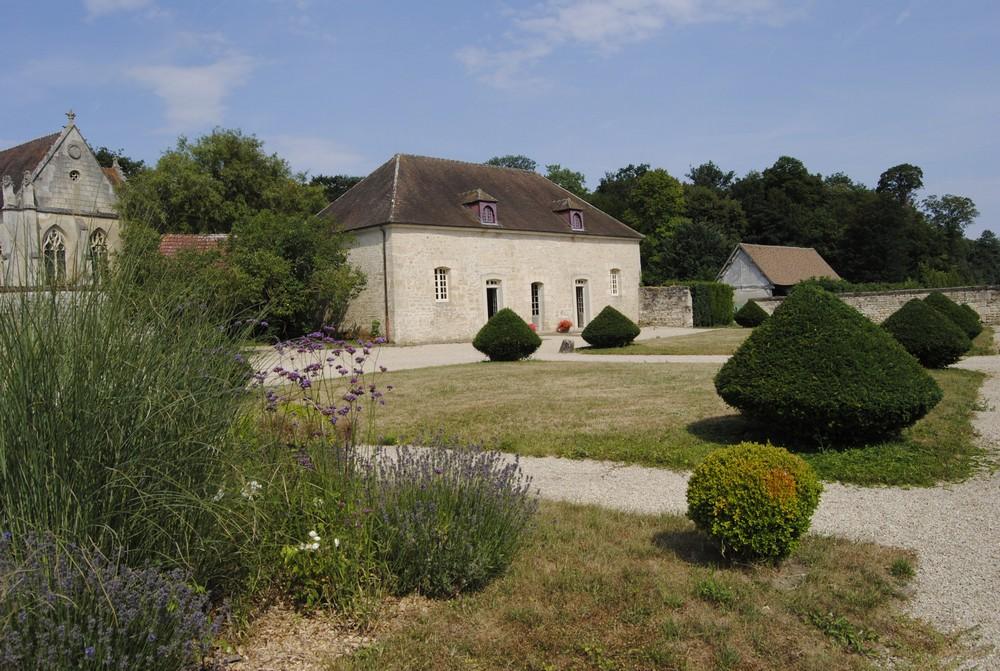 Commons - Château de Guiry