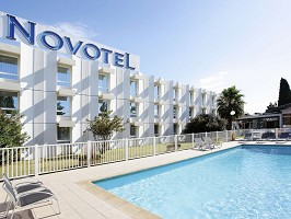 Novotel Narbonne Sud - Swimming Pool