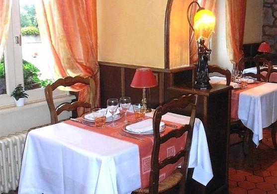 Windrow hostel - restaurant