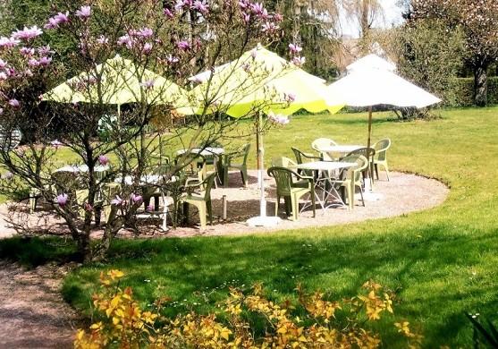 Windrow hostel - terrace