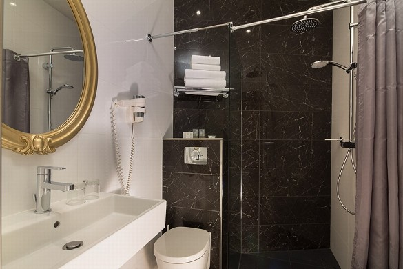 Hotel montparnasse saint germain - bathroom