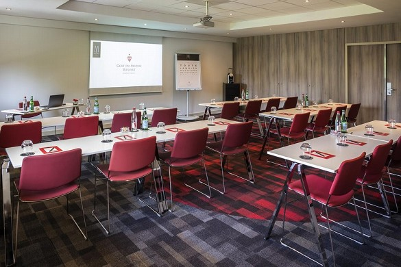 Medoc resort golf hotel - seminar room in class