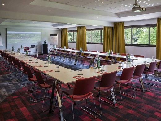 Medoc resort golf hotel - meeting room in u