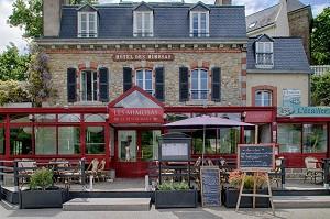 Hotel Restaurant Les Mimosas - Exterior