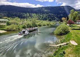 Seminar room: Saut du Doubs Boats -