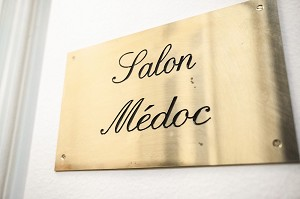 The Médoc lounge has been a receptive space for more than 200 years