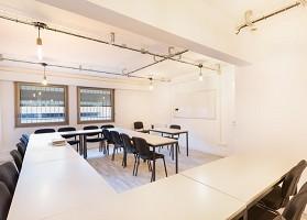 Locow - Sala de seminarios