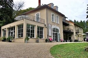 Château de Frétoy - Exterior