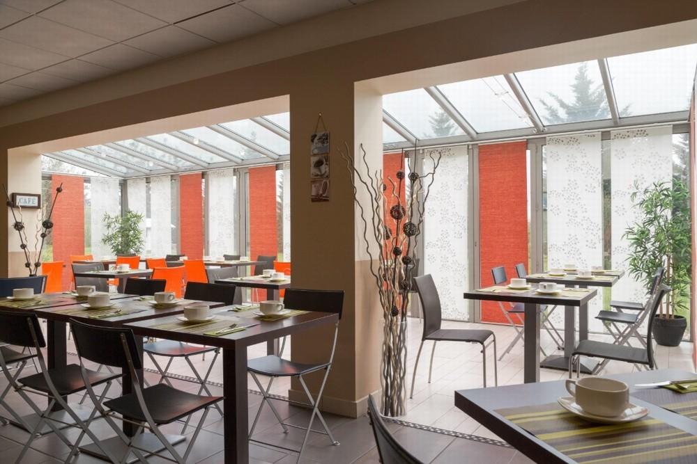 The originals boutique actuel hôtel saint-etienne aéroport - salle petit déjeuner