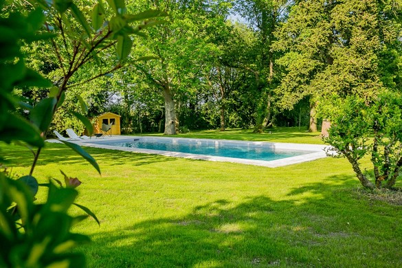 L'aucenelle - swimming pool