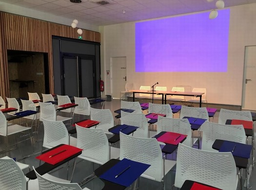 The spacer - organization of seminars