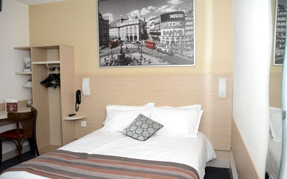 The originals city hotel hélios roanne nord - accommodation