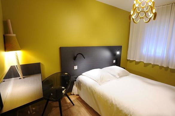 Hotel vulcan - habitación amarilla