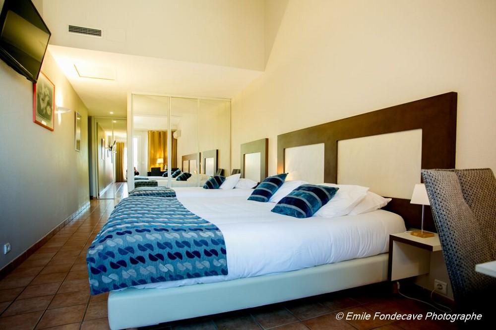 Hotel l 39 arapede salle s minaire perpignan 66 - Hotel avec jacuzzi dans la chambre pyrenees orientales ...