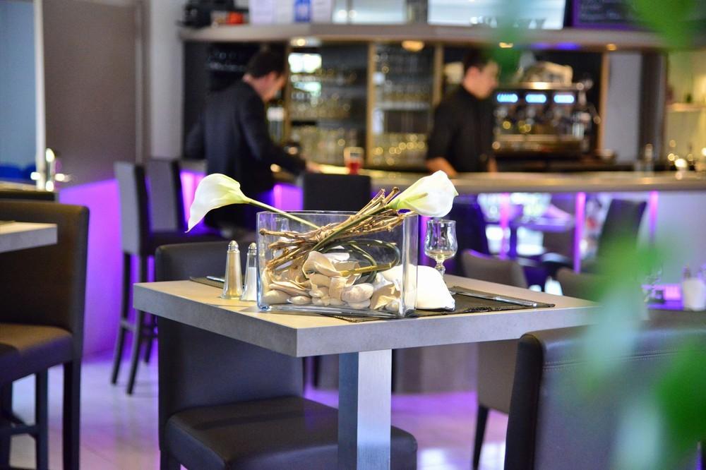 Flughafenhotel - Bar