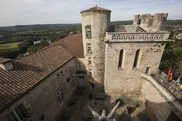 Mercuès castle - courtyard