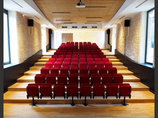 Espacio de humanidades - vista desde el escenario