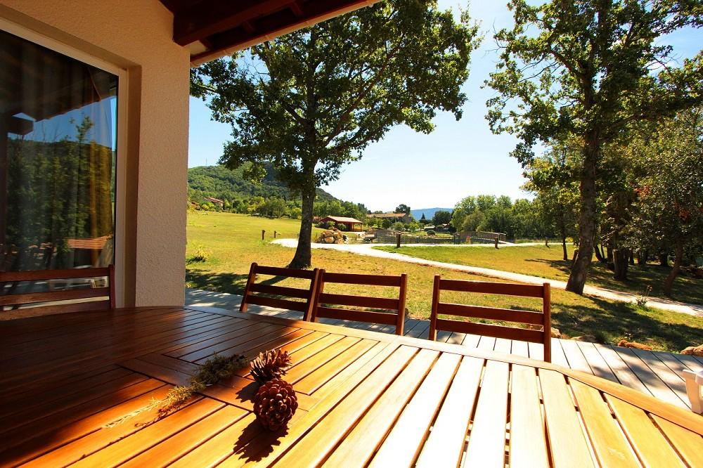 Vayamundo quillan-l'espinet - Terrasse Superior-Villa und Blick auf den See