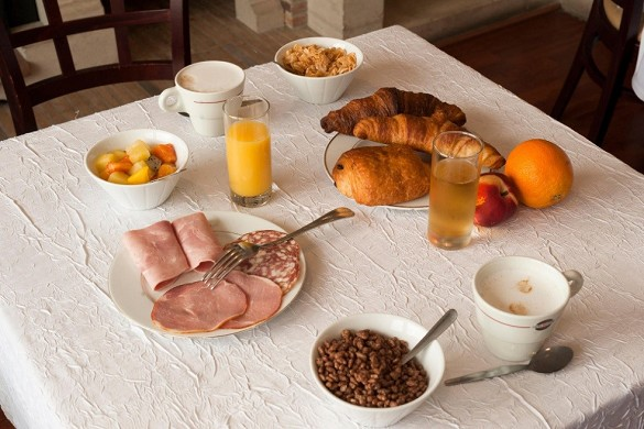 The originals city, hotel le cheval rouge tours ouest - breakfast