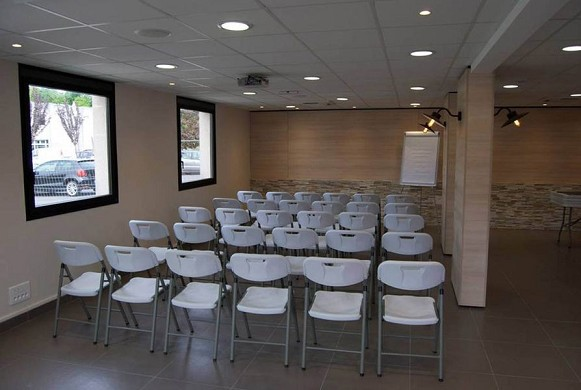 Espace 23 - conference room