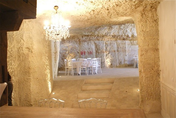 The fairy rock cave - atypical meeting room
