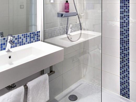 Ibis styles strasbourg avenue du rhin - bathroom