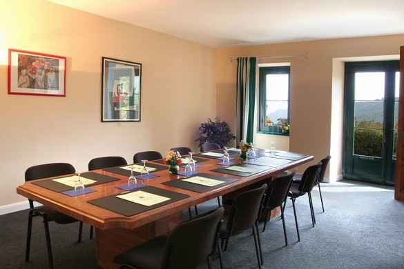Domaine de falgos - meeting room