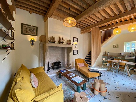 Lyon country house - living room