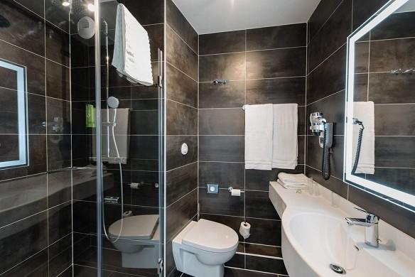 K hotel - bathroom