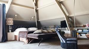 Eiffel deluxe suite