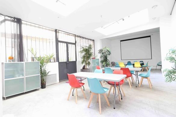 Pop art loft - meeting room