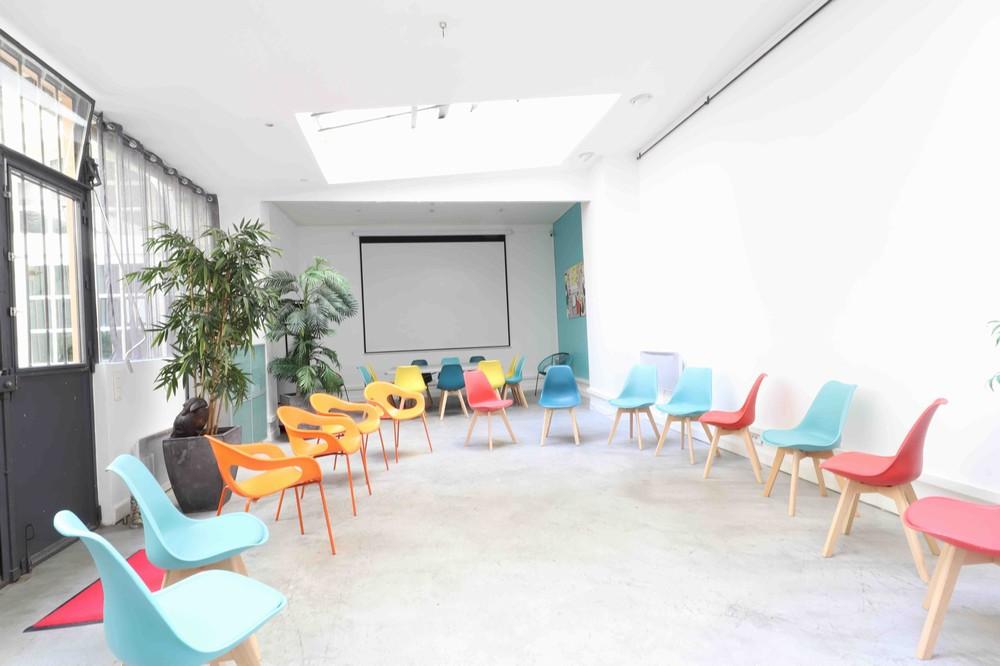 Spazio riunioni - Pop Art Loft