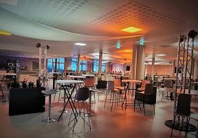 Prado VIP-Bereiche - Bourges-Seminar