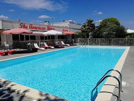 Sure Hotel By Best Western Bordeaux Airport - Piscina