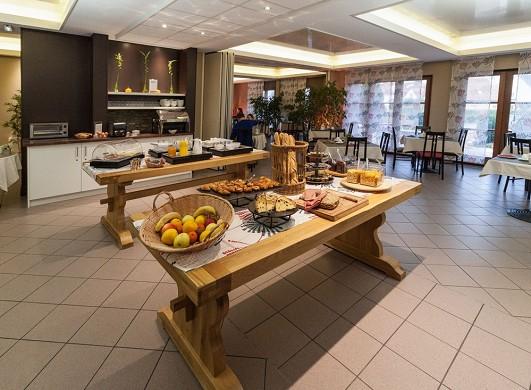 Hotel les alizés - desayuno