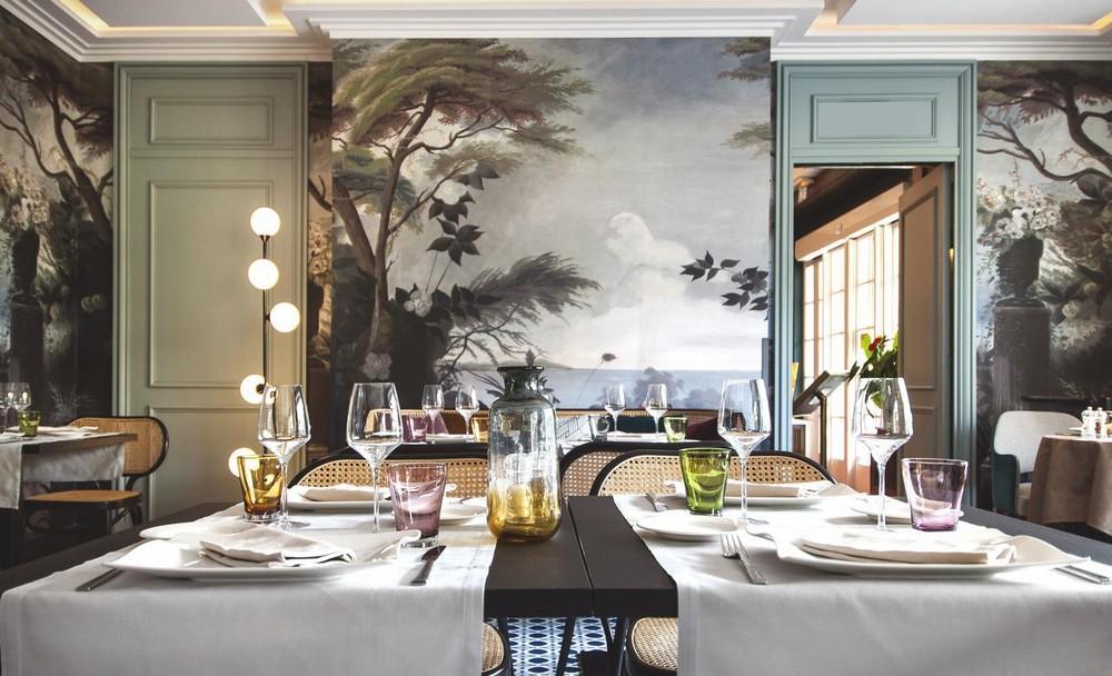 La villa dell'hotel - la villa dell'hotel - il tavolo della villa