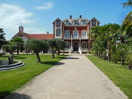 Sala de seminarios: Le Petit Château Colonial -