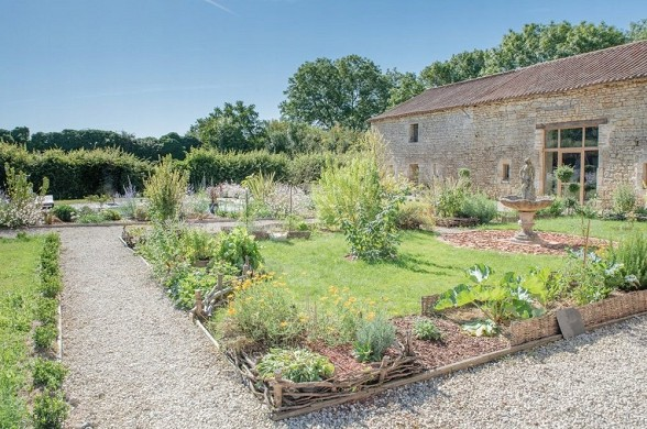 Cressonnière castle - garden
