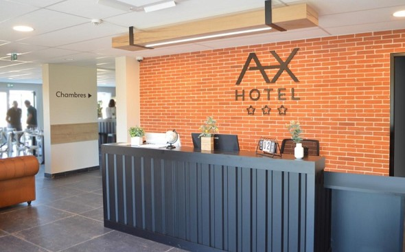 Axe hotel la châtaigneraie - reception
