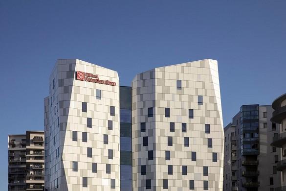 Hilton garden inn massy - facade