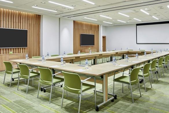 Hilton garden inn massy - meeting room