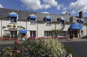 Hotel de France Contres - Facciata