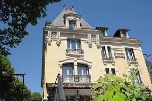 Hotel Terminus Cahors - Frente