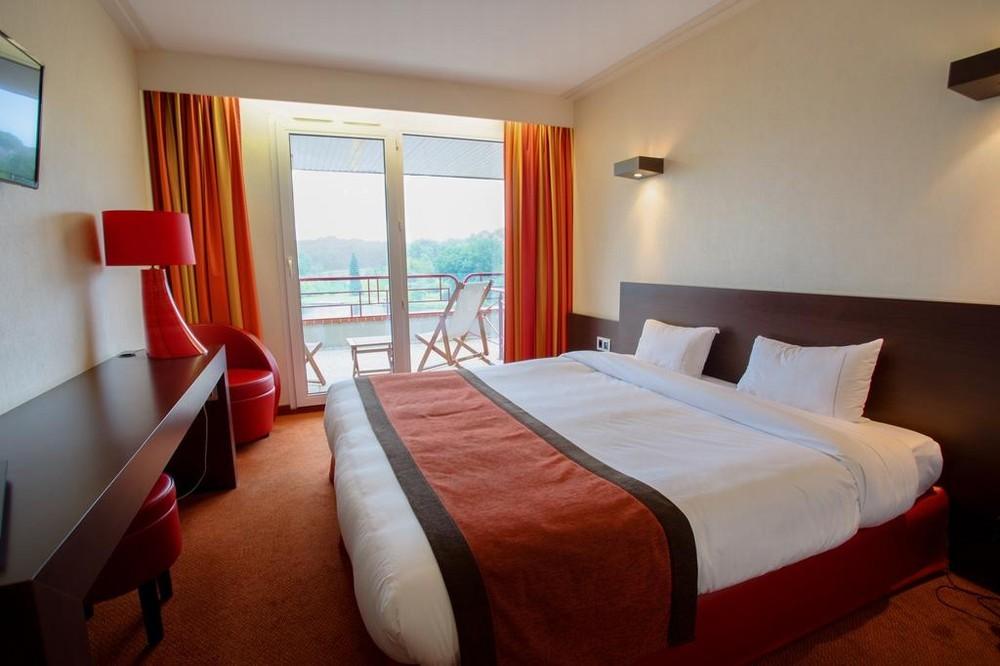 Hotel du Beryl y Casino Cars of the Orne - habitación