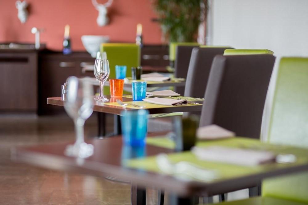 Hotel du beryl y casino de Orne - restaurante
