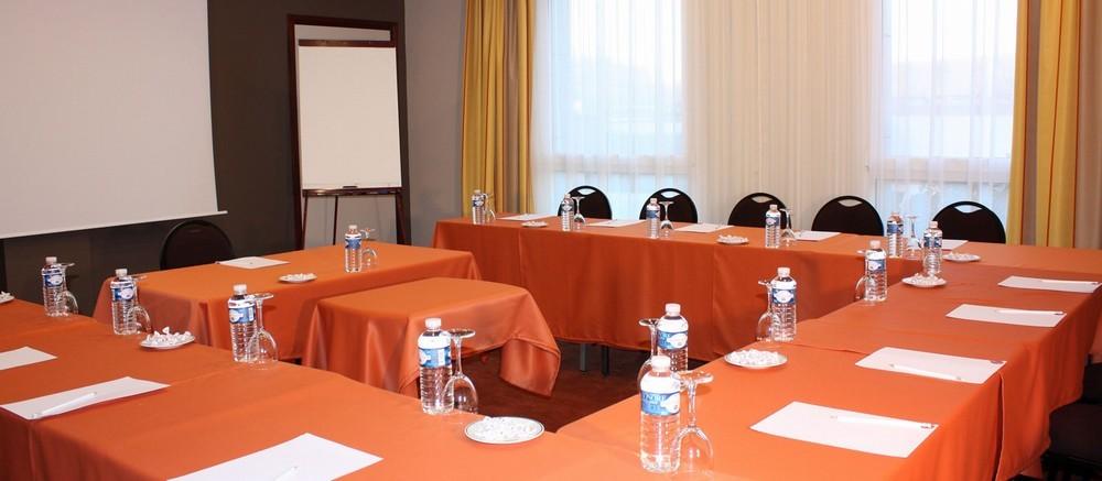 Hotel du beryl y casino de Orne - sala de seminarios