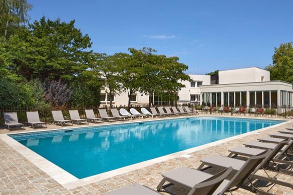 Hôtel les nomades - piscina all'aperto